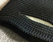 Hand knitted bag/purse: Black color