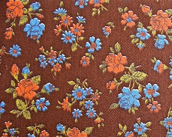 Floral Print Vintage Cotton Fabric 5 and 2/3 yd x 44 in