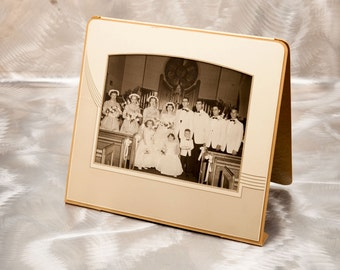 Wedding Group Portrait - In Vintage Large Art Deco Folder - Rare Horizontal Format
