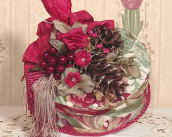 Victorian Hat Box /Keepsake-Trinket Handmade Vintage Style Fortuna Fabric FBO-2