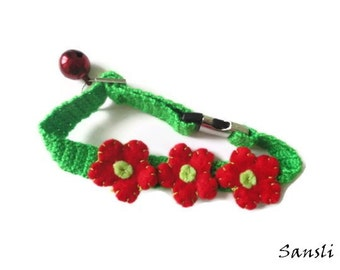 Cat collar-Christmas collar-Christmas cat collar-custom collar-crochet cat collar-flowered cat collar-Green and red cat collar
