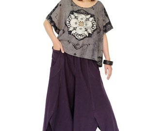 NO.169 Dark Gray and Silver Cotton Jersey Batwing Short Sleeve Printed  T-Shirt, Gold Embroidery Top