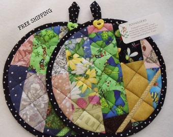 Potholders..Patchwork..Quilted..Adorable!                 FREE Shipping   Item #149