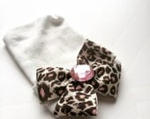 leopard print bow newborn hospital hat perfect for your baby's photo and baby's first bow going home outfit take me home beanie cap