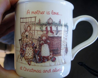 Vintage iconic  Hollie Hobbie A Mother is Love 1974 Very good