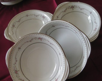 Noritake Fairmont Lugged Cereal bowls    Very good  Set of 4 hard to find
