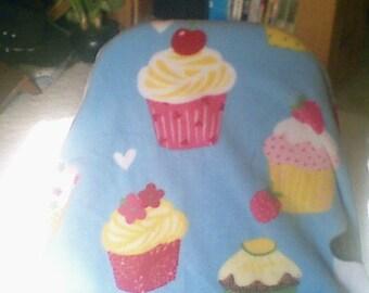 cupcake fleece toddler size blanket