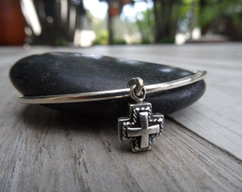 Plus size reversible cross bangle. Sterling silver. Large size.