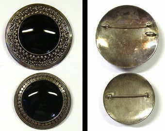 Vintage  Mexican Silver Onyx Brooch Set Well Detailed Pair Sterling Silver Onyx Brooch Pins Round Cabochon Onyx Stones