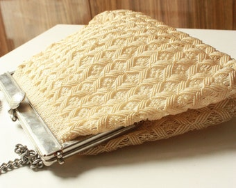 Vintage Plastic Weave Bag in Ivory