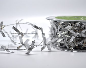 SALE 7 3/4 yards wired trim - silver 1 inch bows - silver wedding - new years eve - craft supplies - metallic - diy - packaging