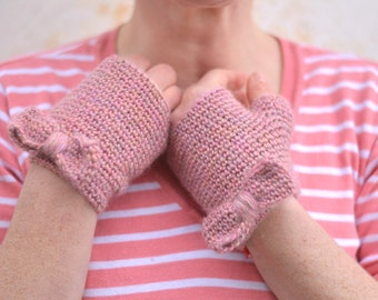 Knit fingerless gloves,bow mittens, pale pink crochet wristwarmers