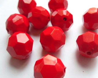 10 Vintage Style Cherry Red Faceted Round Acrylic Beads 24x22mm  (See Description)   -S2AR1