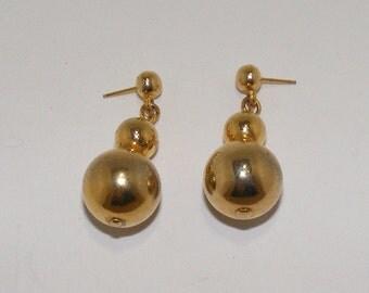 Vintage Goldtone Ball Pierced Earrings