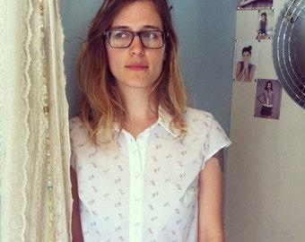 SALE, Button up shirt, Printed shirt, Women's blouse, White shirt with bird print, Collar blouse, Button down shirt, Cotton shirt