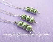 Three peas in a pod best friend necklace set - Green