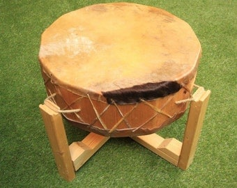 "Native American Style Pow Wow Drum With Stand & Drum Beaters. 22"" Pow Wow Horse Hide Drum"