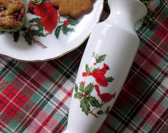 Lefton Holiday Vase, Red Cardinals