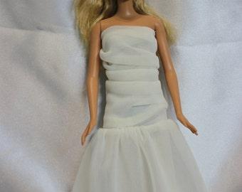 Barbie doll prom milky long dress