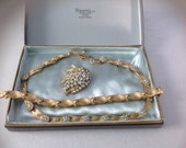 Vintage. RARE  TRIFARI Choker. Bracelet. Brooch Set in Original Jewelry Box