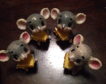 Vintage Minature Hard Plastic Mouse, Cute, Big Eyed, Retro