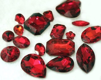 Red -- 10 pieces assorted Cut Back Clear Crystal Glass Gems for Projects