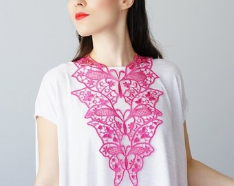 30% Inspiration Pink Necklace Venise Lace Necklace Lace Jewelry Bib Necklace Statement Necklace Body Jewelry Gift/ FIORDI