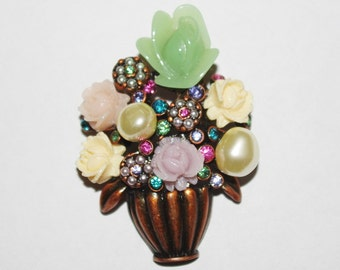 Joan Rivers Pin -  Antique Flower Bouquet Pin - S1075