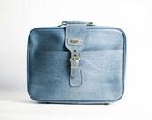 Little RETRO 70s Small Suitcase in Blue Leatherette | Blue Retro Hand Luggage Suitcase | Retro Luggage | Retro Overnight Case