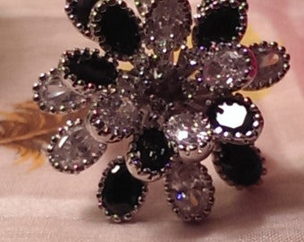 Big Beautiful Bold Silvertone Metal Black And Clear Rhinestone Flower Cluster Ring Size 8