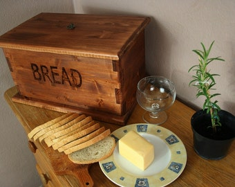 Wooden handmade bread box. Vintage style.Free shipping.