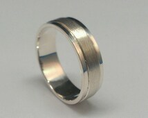 Sterling silver band for Ladies and Men. Silver wedding band.