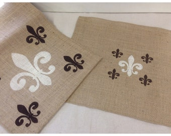 Burlap Table Runner & (6) placemats set with Fleur de Lis pattern - Holiday decorating Home decor Wedding gift Housewarming gift