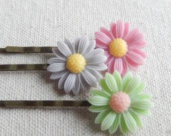 Flower bobby pins, hair accessories, shabby chic bobby pins, hair pins