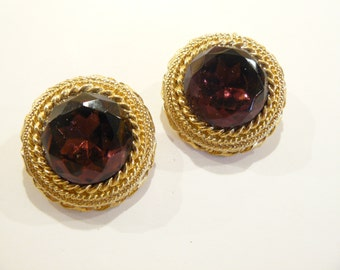 Beautiful Vintage Amethyst Purple Rhinestone Clip Earrings