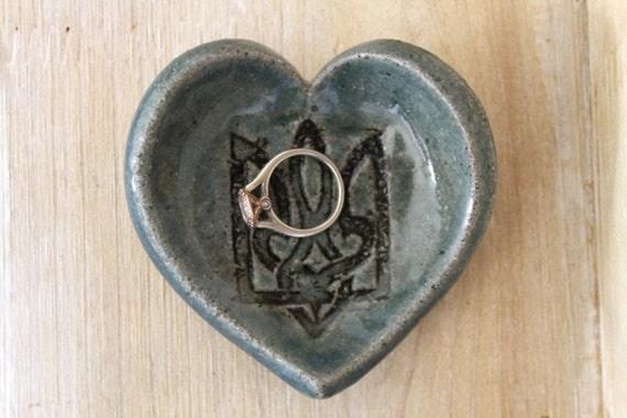 Handmade small jewelry dish heart shaped sauce dish tryzub for Heart shaped jewelry dish