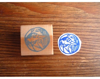 Rubber stamp small woodpecker medallion