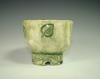 Washed Green Leaf bowl
