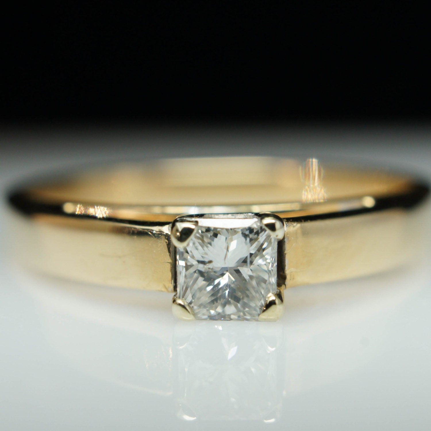 – Vintage Solitaire .28ct Princess Cut Diamond Engagement Ring ...