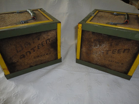 Bait boxes fishing equipment vintage oberlin by tammysfindings for Fishing worm box