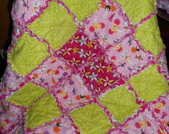 Pink Lime Green Cheerleader Flowers Girl Rag Quilt Blanket (34 x 38 inches) ITEM Q8