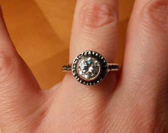 Sterling Silver CZ Hammered Ring Size 5