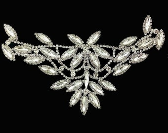"Gorchess Crystal Applique Height 6"" Width 3"" 1 pcs"