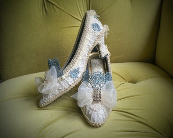 Regency Victorian Era Style Shoes Antique Vintage Bridal Heels Marie Antoinette Costume Wedding Rococo Baroque Champagne Ivory Lace Pearls