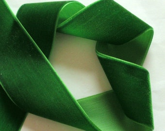3 yards 1.5 inches Velvet Ribbon in Green RY15-60