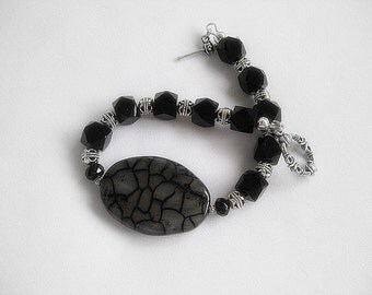 Classy Agate And Silver Bracelet