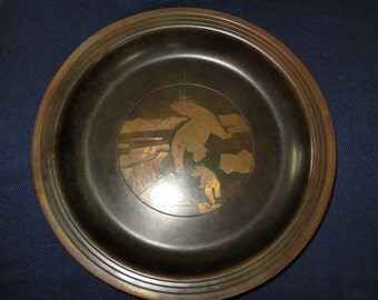 Stunning Antique Bronze Polar Bear Dish, Arctic Scene