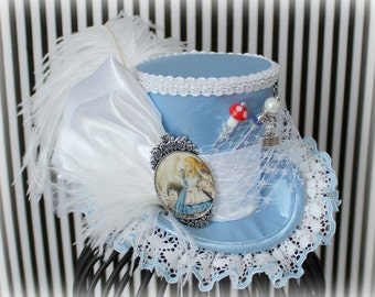 Alice Mini Top Hat, Alice in Wonderland, Mad Hatter Hat, Fascinator, Mini Top Hat, Mini Hats, Alice Tea Party, Wedding Hat, Women Top Hat