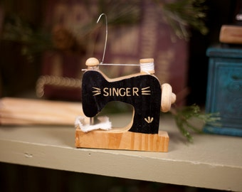 Singer Sewing Machine ornament or shelf sitter
