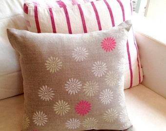 Linen cushion cover - Tumbling Daisies - block printed- 40 cm x 40 cm